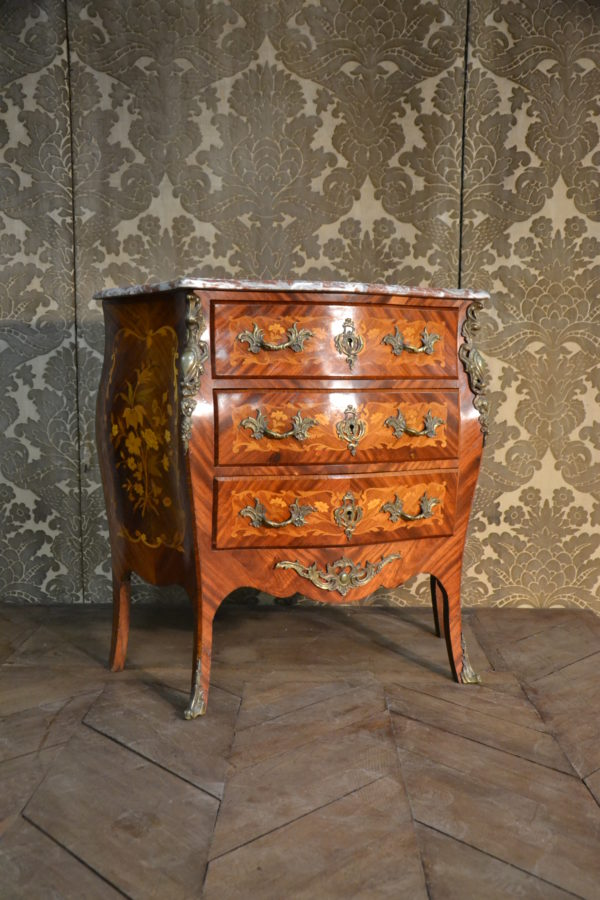 Commode style Louis Napoléon III