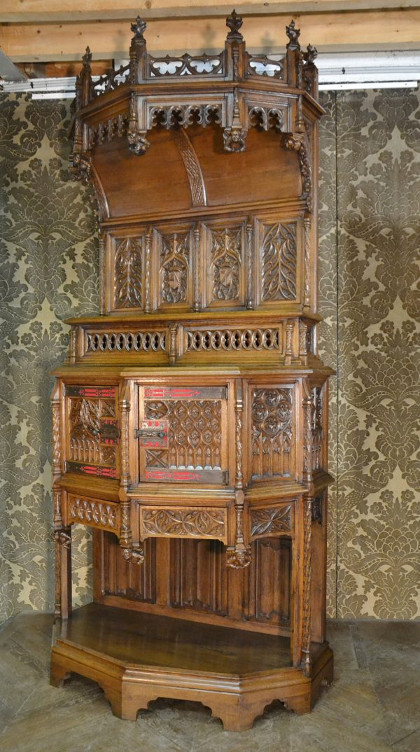Dressoir crédence gothique xix 19 siècle sculpté vendre estimation bretagne brocanteur antiquaire fenestrages