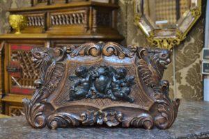jardinière putti ancienne sculpté renaissance noyer faune animalier