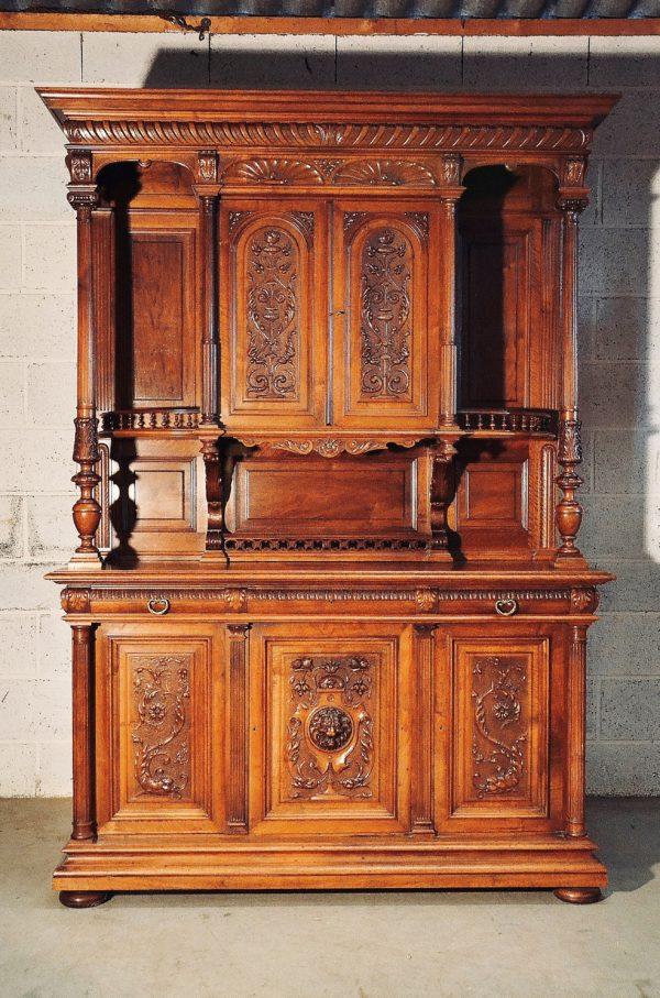 Buffet henri II noyer renaissance ancien gothique haute époque lapierre paris vendre