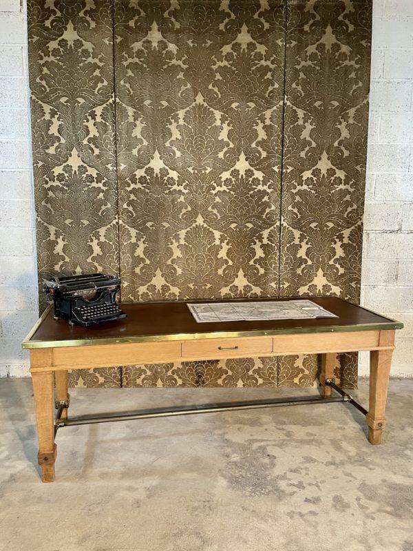 Table de banque ancienne chêne laiton cuir marron
