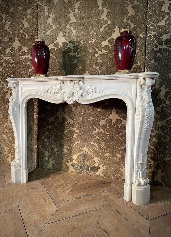 Cheminée marbre blanc carrare louis xv 19ème acanthe ancienne coquille