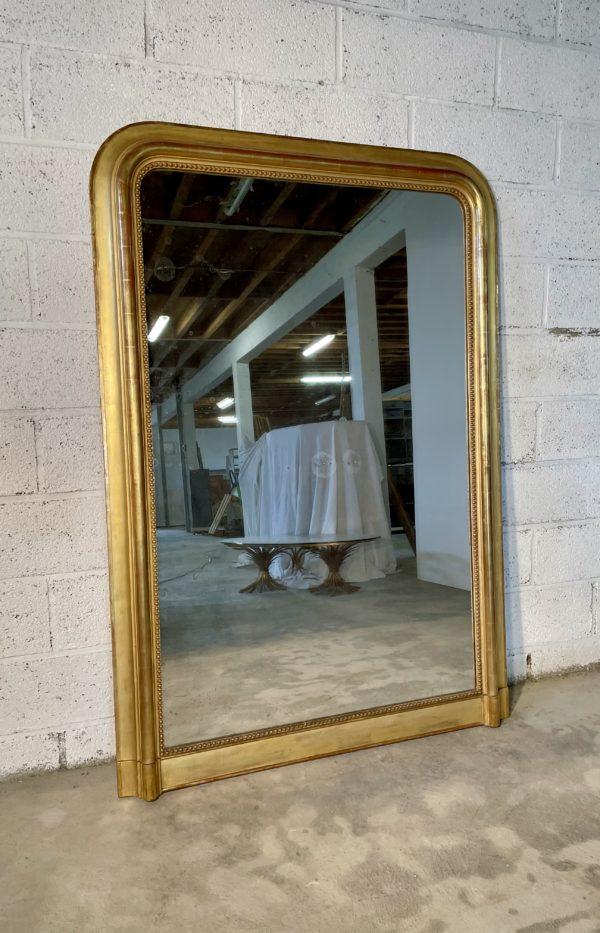 Miroir Louis Philippe doré ancien feuille doucine perles grand